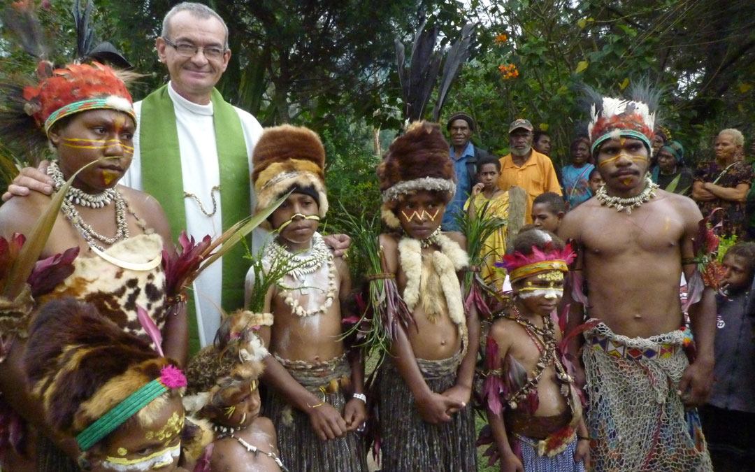 Las ayudas de OMP España a las misiones de Papúa Nueva Guinea y las Islas Salomón en la revista Misioneros