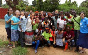 Feliz Año Nuevo - Gema García Servidores del Evangelio en Togo